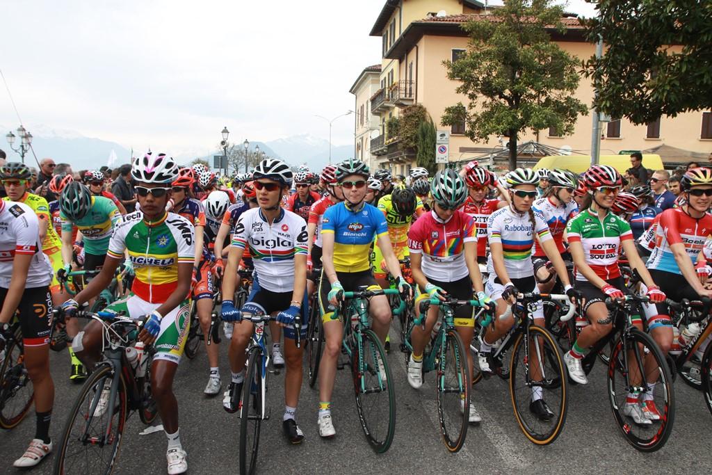 Partenza Trofeo Binda Cittiglio