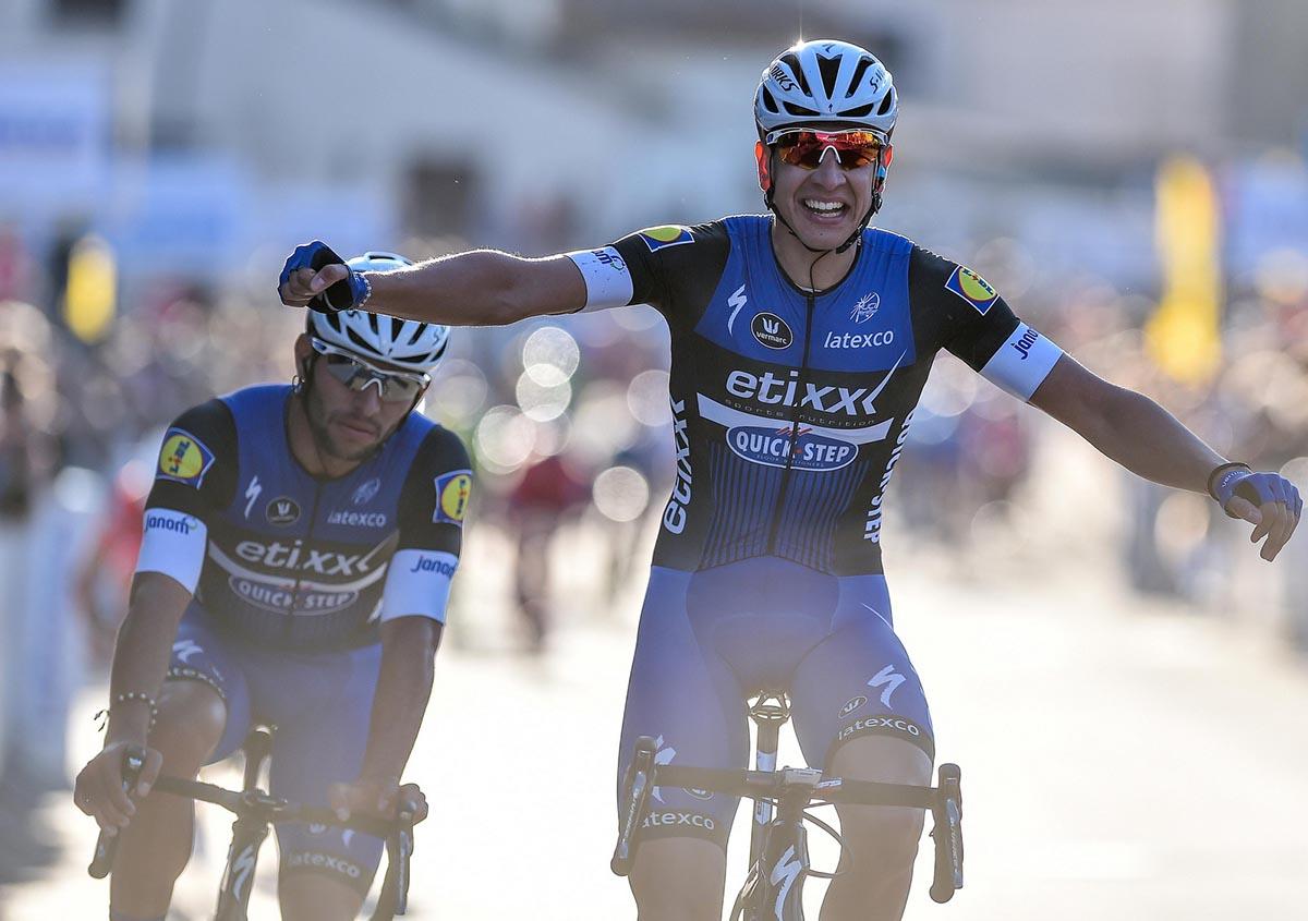 Davide Martinelli (Etixx - Quick-Step vince la seconda tappa del Tour La Provence davanti al compagno Gaviria