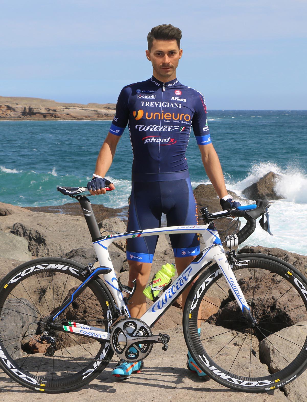 Mauro Finetto con la nuova maglia dell'Unieuro Wilier Trevigiani