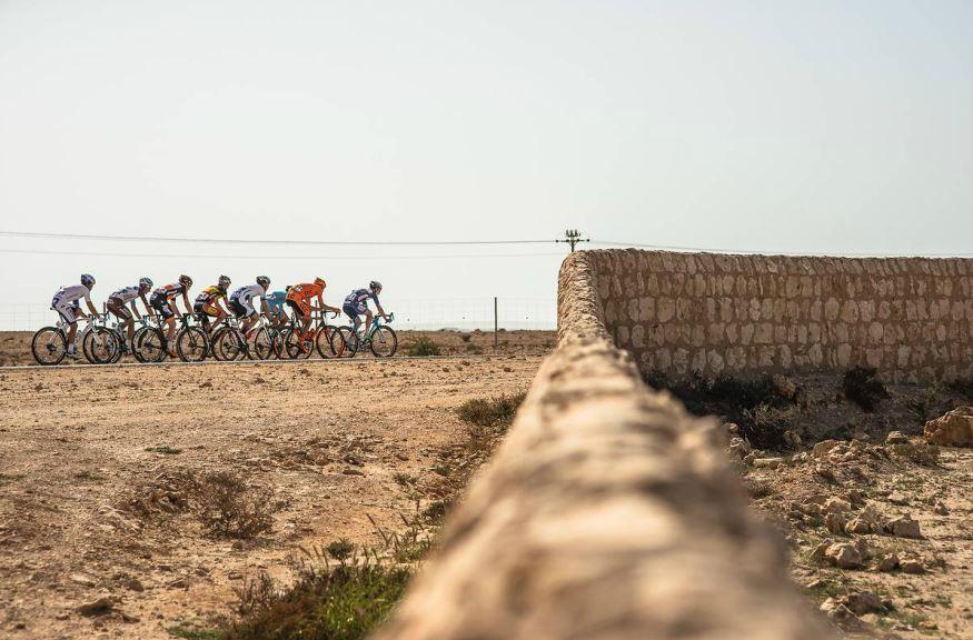 Suggestivo passaggio della quarta tappa del Tour of Qatar