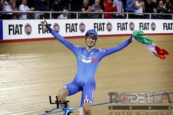 Filippo Ganna campione del Mondo dell'Inseguimento a Londra