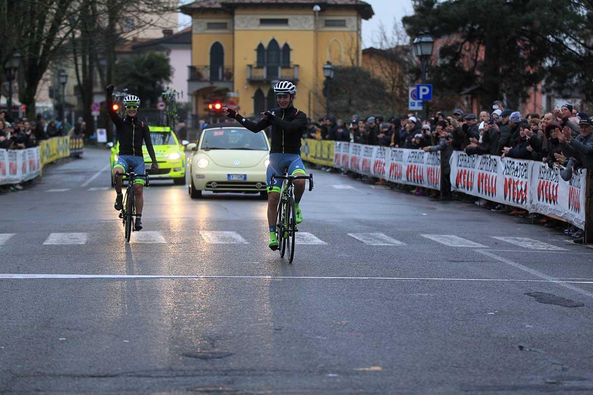 L'arrivo della coppia della Hopplà - Petroli Firenze Pacinott-Savini