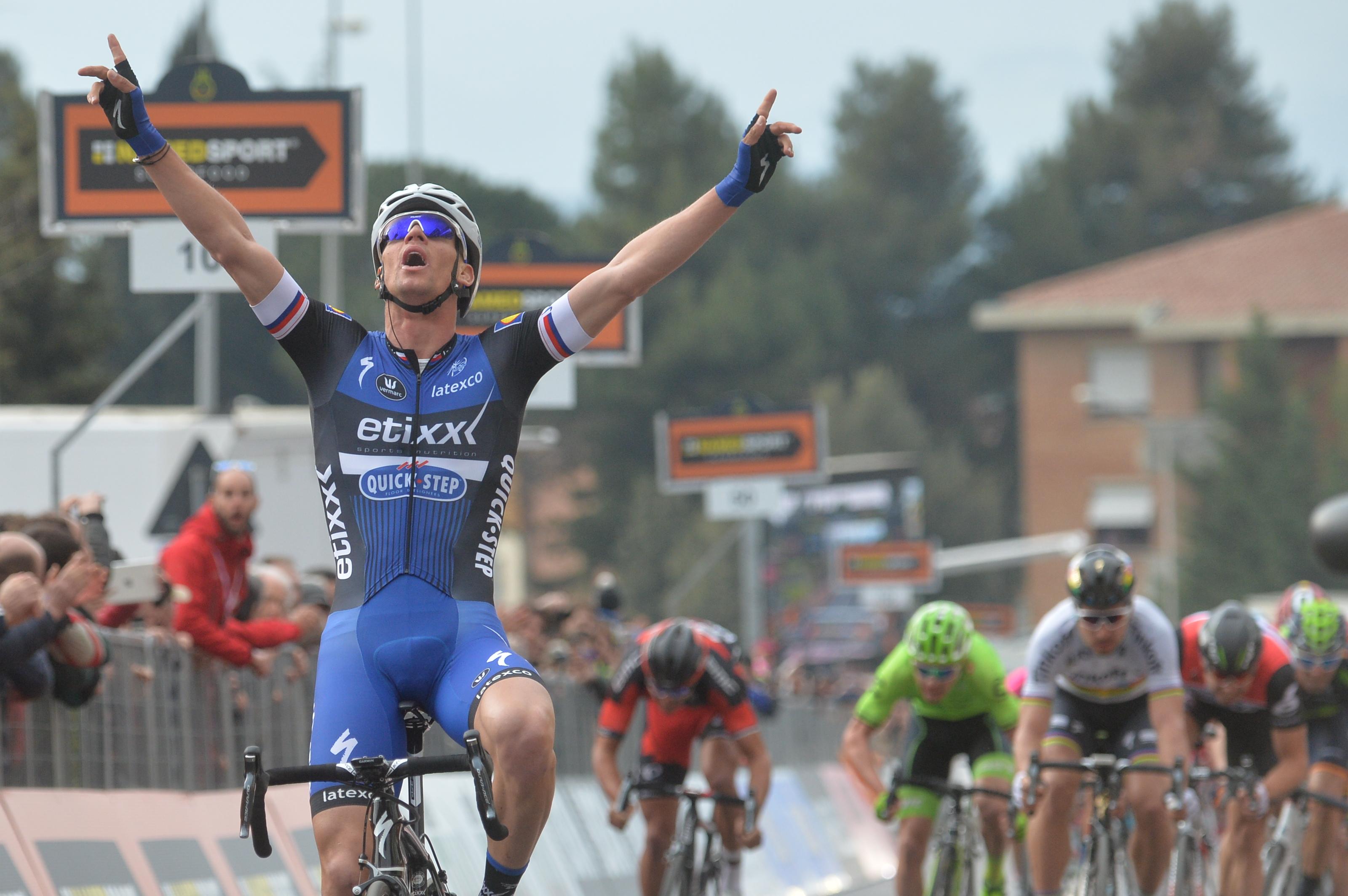 Stybar vince la 2^ tappa della Tirreno-Adriatico (foto Ansa/Peri-Zennaro
