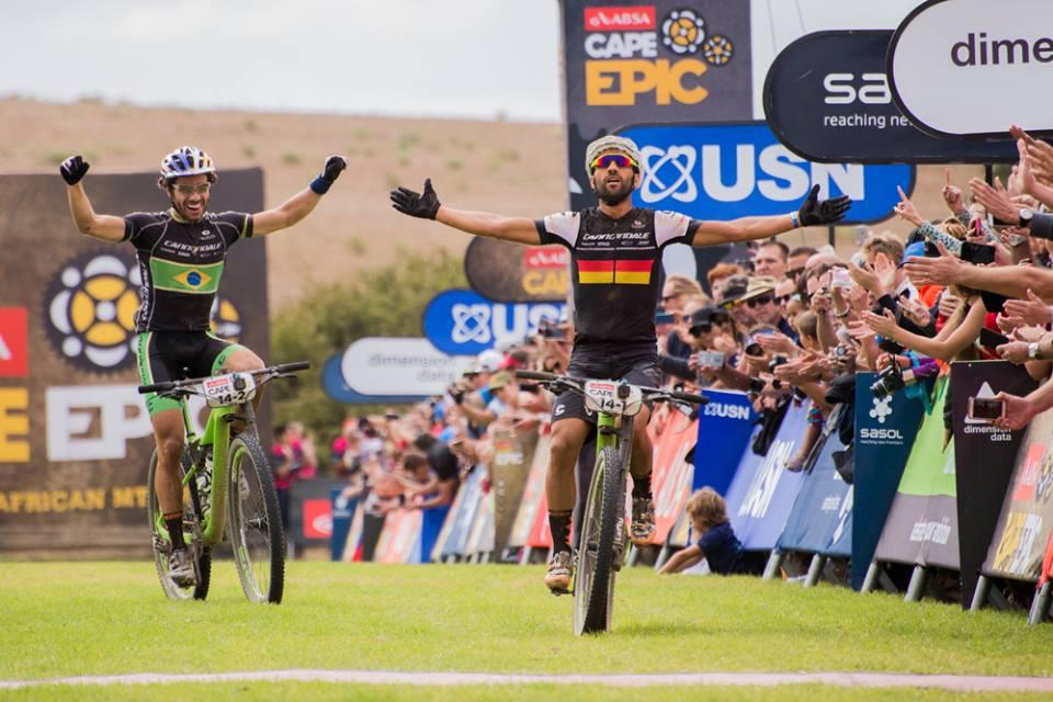 Manuel Fumic ed Henrique Avancini (Cannondale) vincono l'ultima tappa della Cape Epic 2016