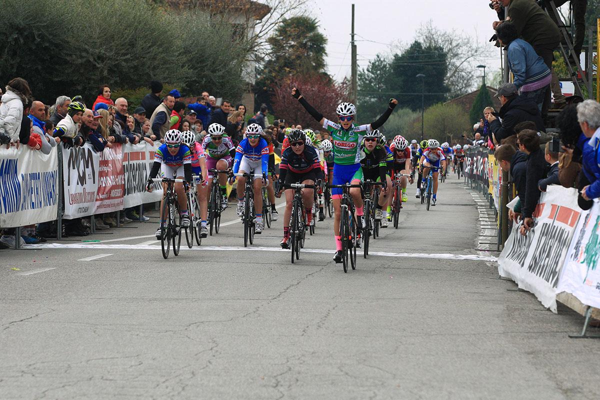 Giorgia Cisamolo (Gs Luc Bovolone) vince la gara Donne Esordienti di Schiavonia d'Este