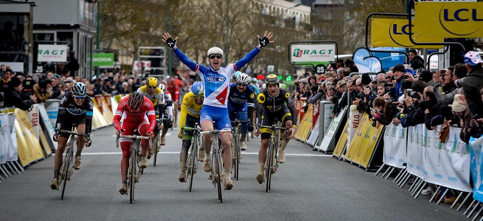 Arnaud Démare (FDJ) vince la prima tappa della Parigi-Nizza