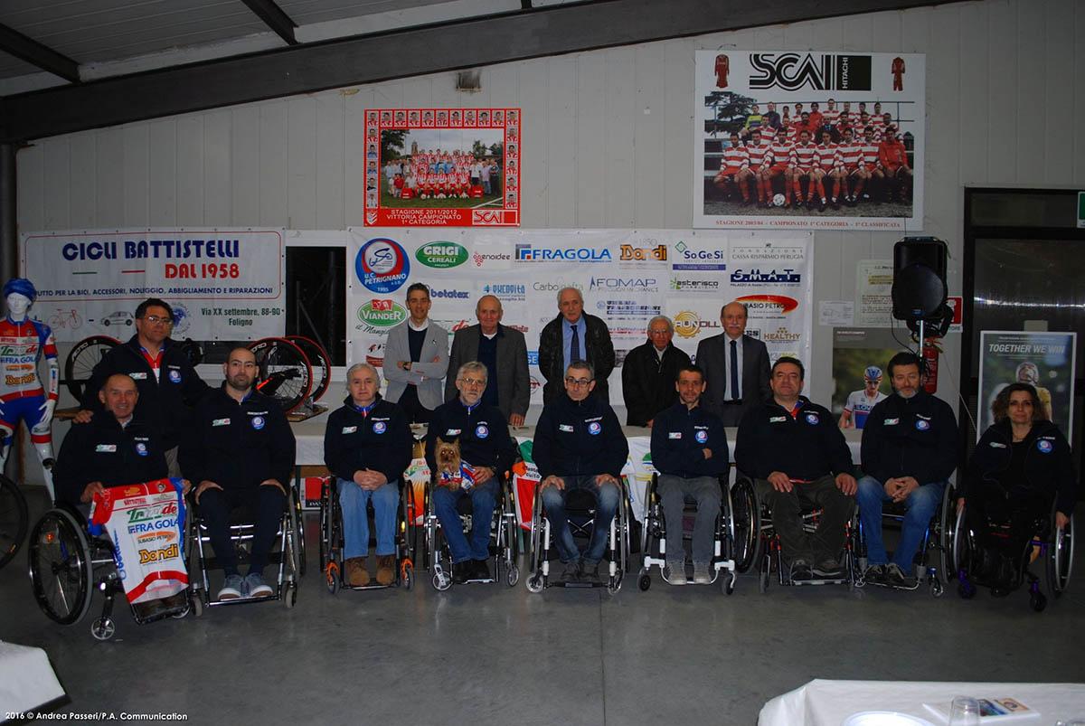 Presentazione Uc Petrignano. il gruppo degli handbiker 2016