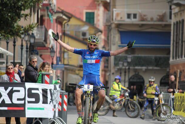 Johnny Cattaneo vince la GF Muretto di Alassio