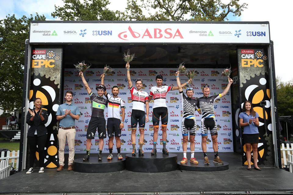 Il podio della sesta tappa della Cape Epic