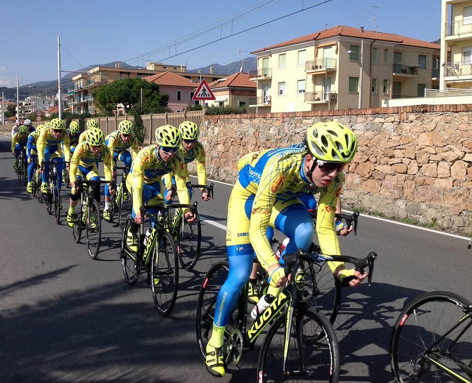I ragazzi della Ciclistica Trevigliese in allenamento
