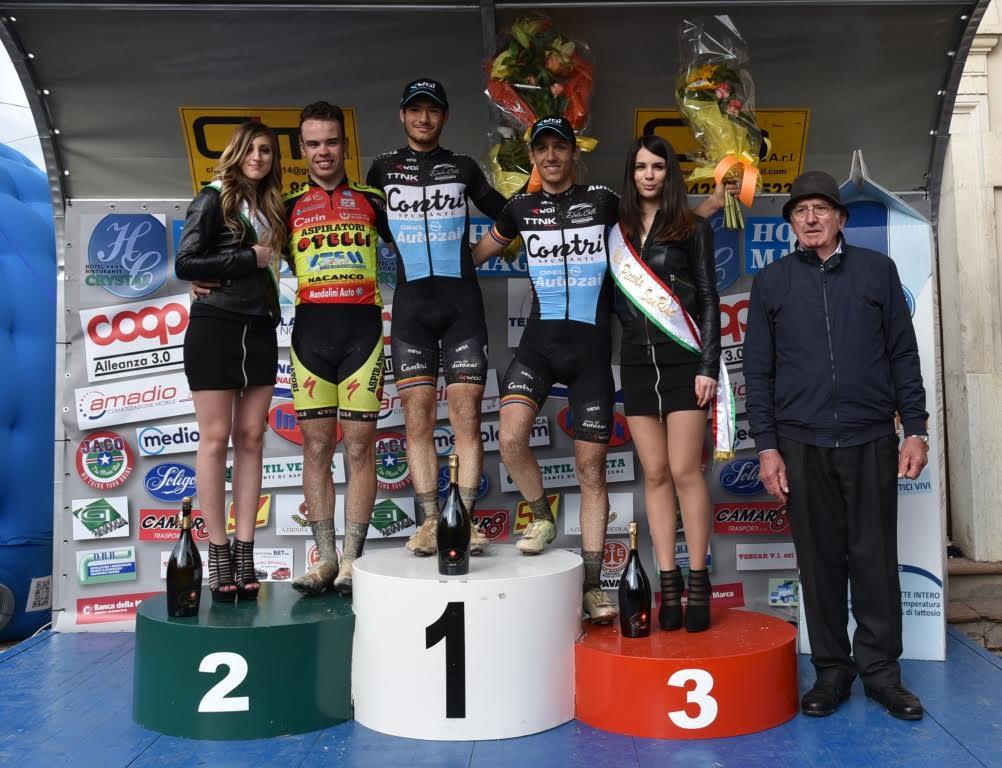 Il podio del Gp Sportivi di Sovilla con Mozzato, Gazzoli e Zana