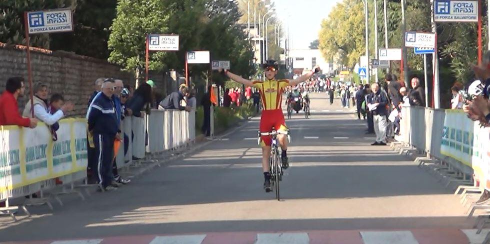 Manuel Oioli (Nuovi Orizzonti) vince per distacco a Ponte San Pietro tra gli Esordienti 1° anno