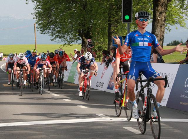 La vittoria di Alessandro Covi nella prima tappa del Tour du Pays de Vaud