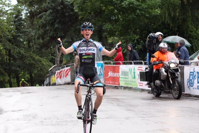 La vittoria di Andrea Garosio ad Osteria Grande