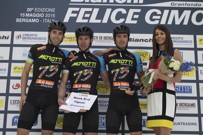 Il podio maschile del percorso corto tutto griffato Team Morotti