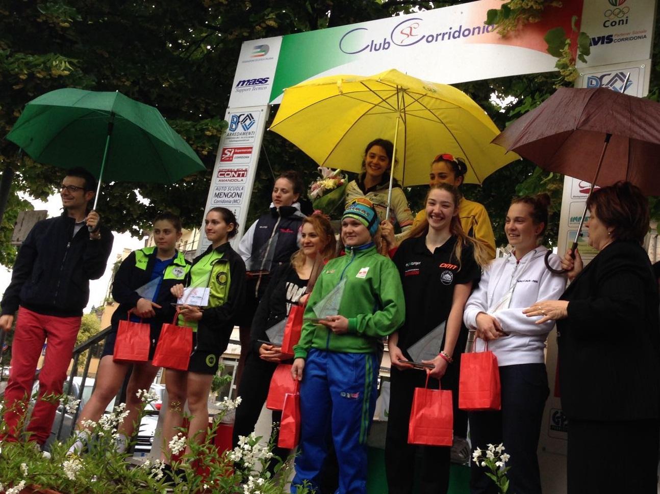 La premiazione della gara Donne Junior