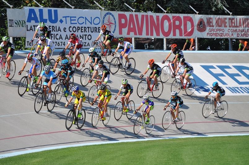 Un momento di gara del Gp Pavinord a Fiorenzuola
