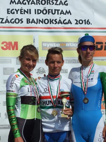 Monika Kiraly sul podio del Campionato Ungherese