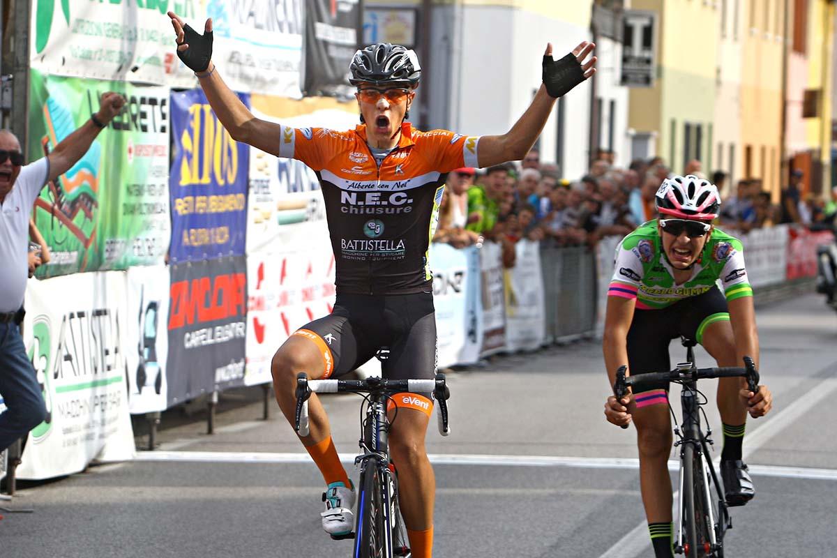 La vittoria di Samuele Battistella