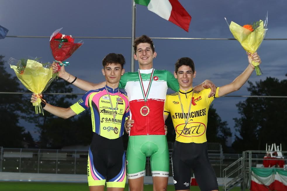 Cesano Maderno Il podio dell'Inseguimento individuale Allievi con Kajamini, Carpene e Cantoni (foto Artfotostudio)