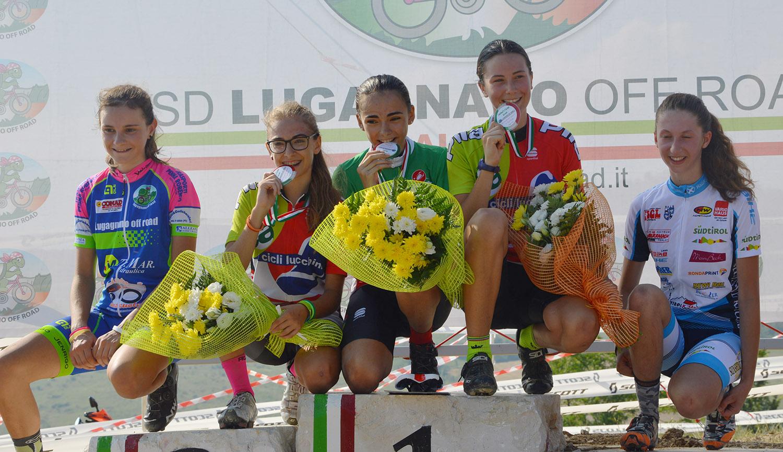 Il podio delle Donne Esordienti del 2° anno
