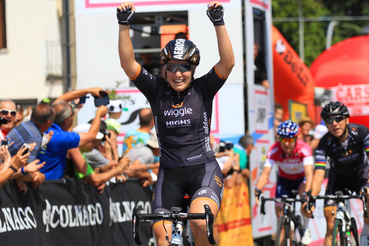 La vittoria di Chloe Hosking nella terza tappa del Giro Rosa 2016