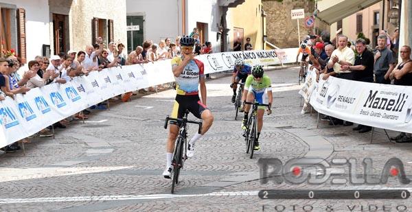 La vittoria di Alessandro Covi a Roncone