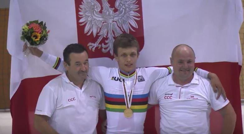 Il polacco Szymon Krawczyk vince il Mondiale della Corsa a punti Juniores