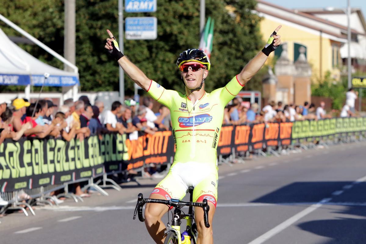 La vittoria di Francesco Cornolti a Castel d'Ario