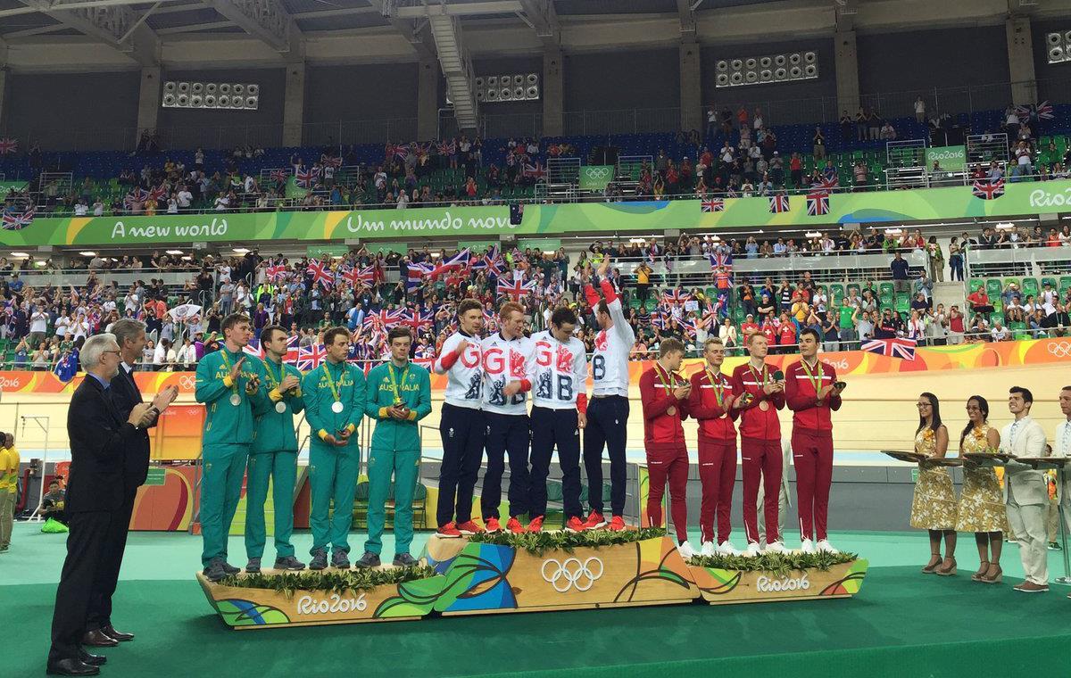 Il podio finale dell'Inseguimento a squadre di Rio2016