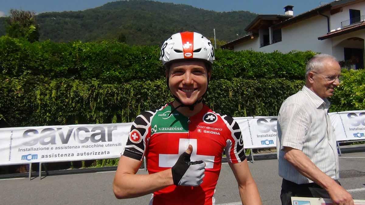 Lo svizzero Mark Hirschi felice per la vittoria al Trofeo Paganessi