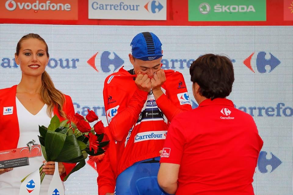 David de La Cruz emozionato per la prima vittoria e la maglia rossa