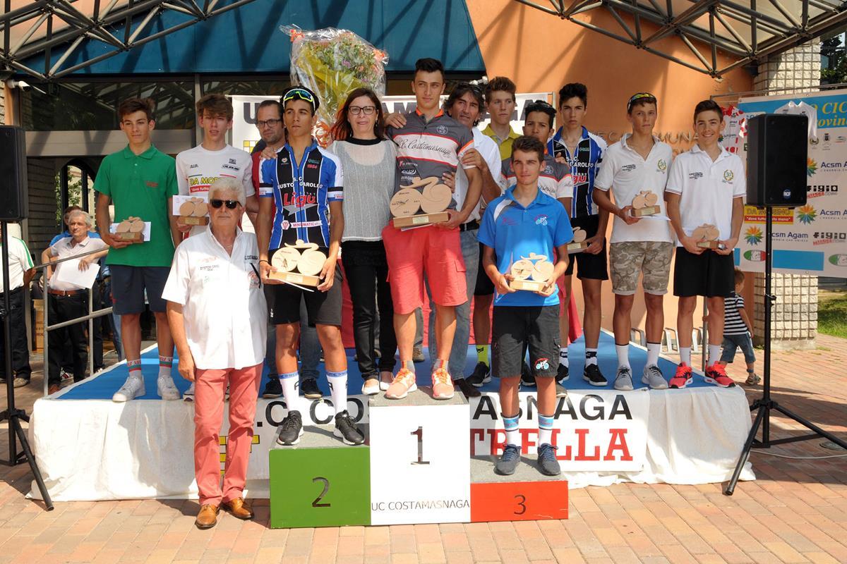 Il podio della gara di Costa Masnaga