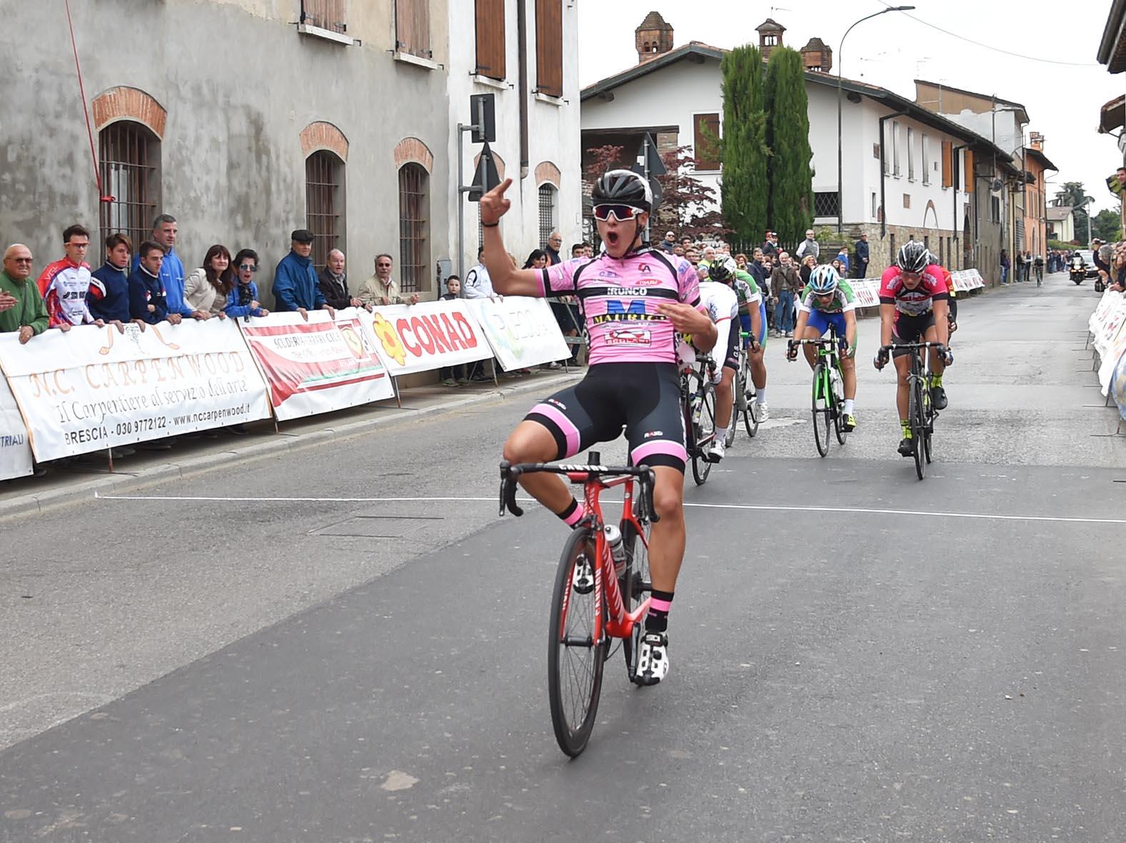 Tomas Trainini vince a Corticelle