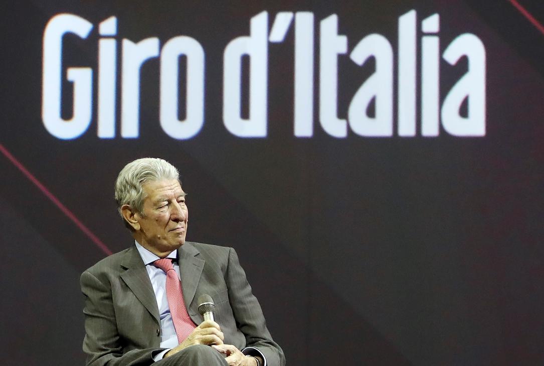 Felice Gimondi alla presentazione del Giro d'Italia n° 100