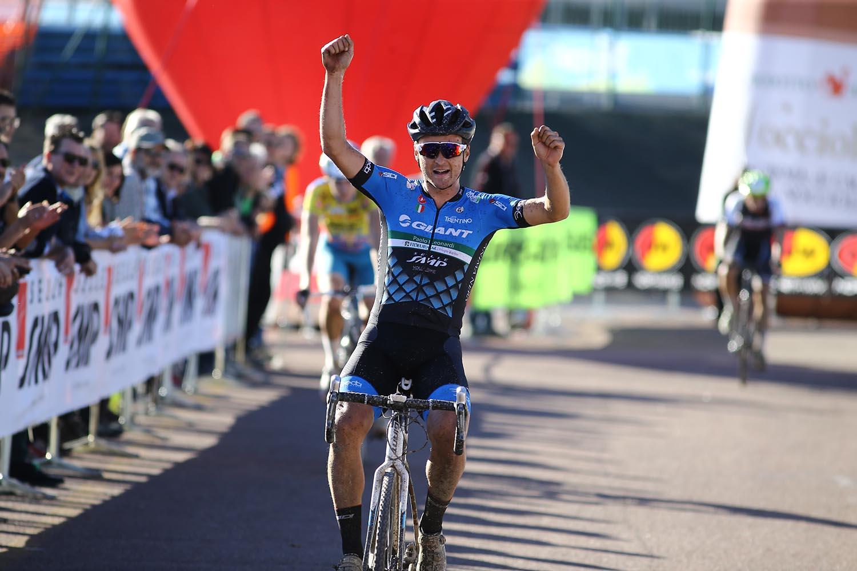 Triveneto Ciclocross. A Cles, ancora trionfi per il Team Trentino ...