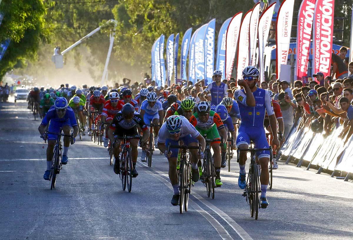Fernando Gaviria vince la quarta tappa della Vuelta a San Juan 2017 (foto Ilario Biondi)
