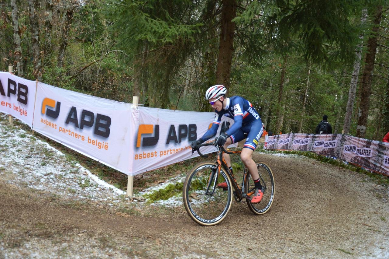 Il francese Antoine Benoist vincitore della prova di Coppa del Mondo Ciclocross a Fiuggi