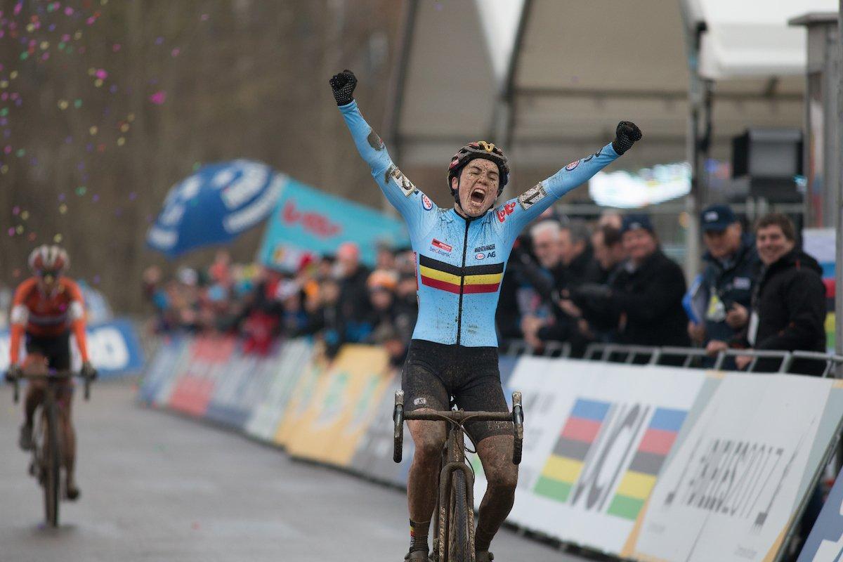 La vittoria di Sanne Cant e la rabbia di Marianne Vos