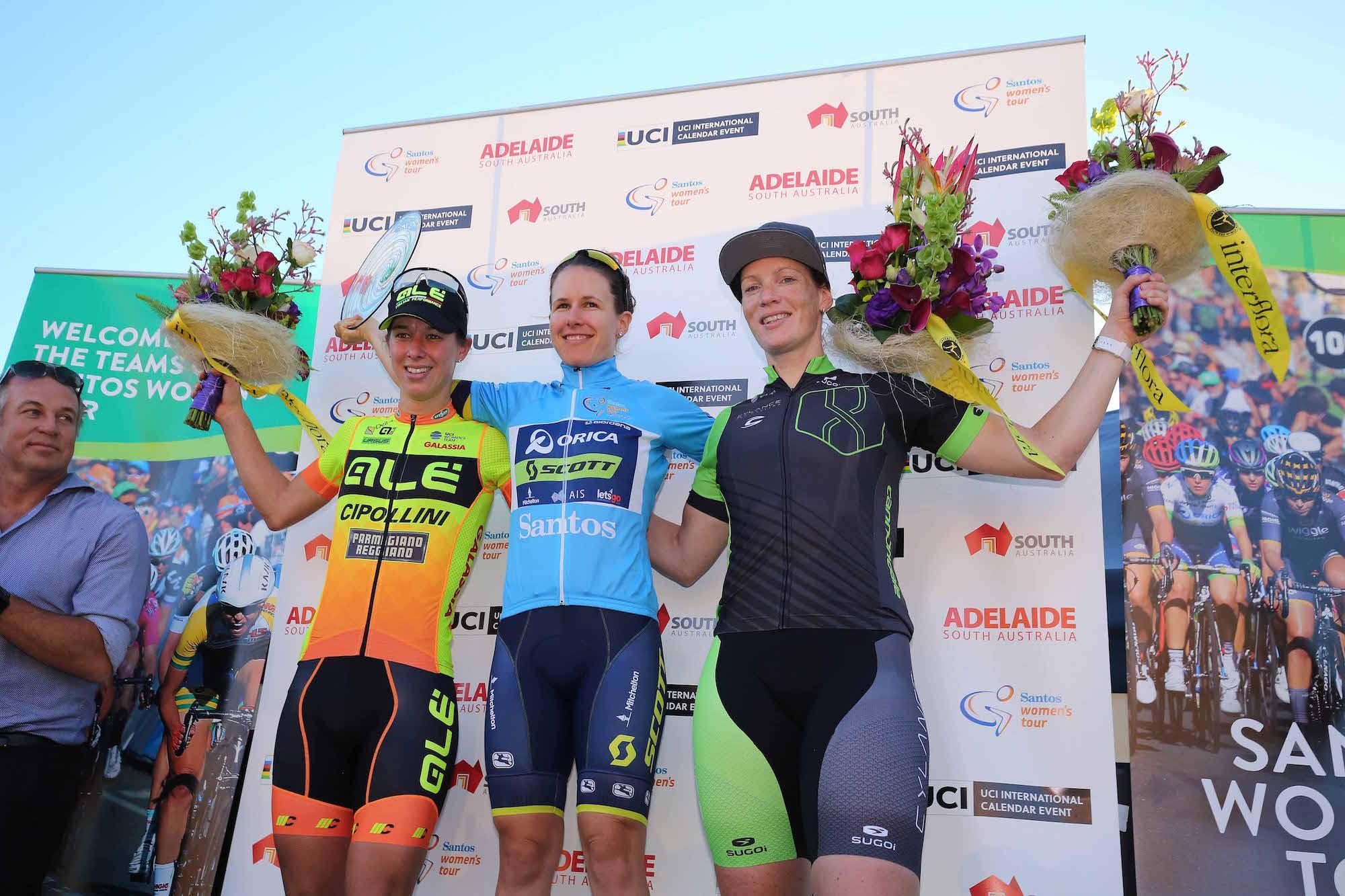 Il podio finale del Santos Women's Tour 2017