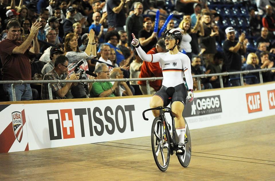 La tedesca Kristina Vogel vince la Velocità femminile