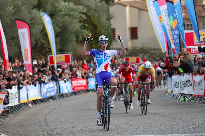 Arnaud Demare vince la quarta tappa dell'Etolie de Besseges