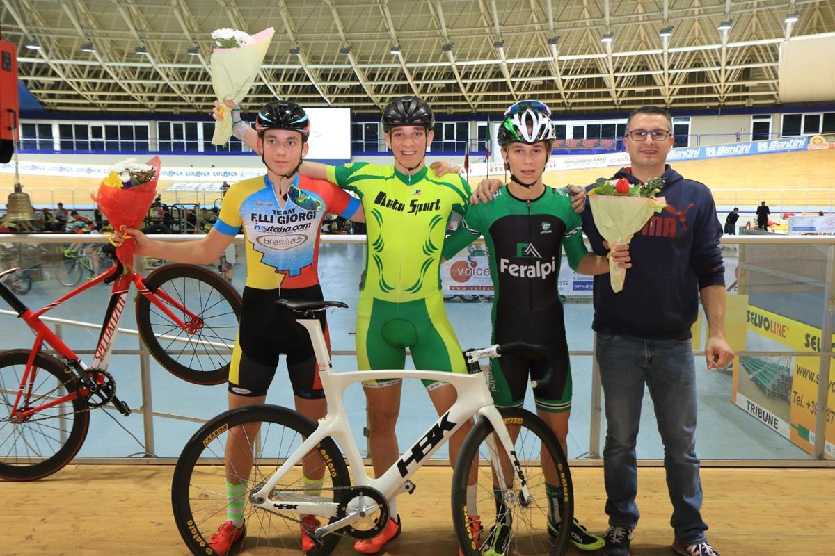 Il podio della Corsa a punti Allievi