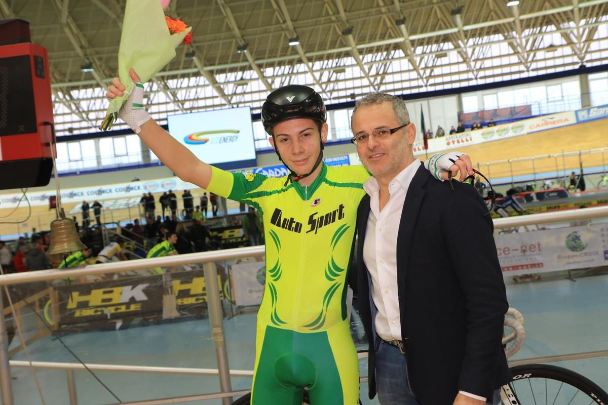 Luca Varroni vincitore della Corsa a punti Esordienti