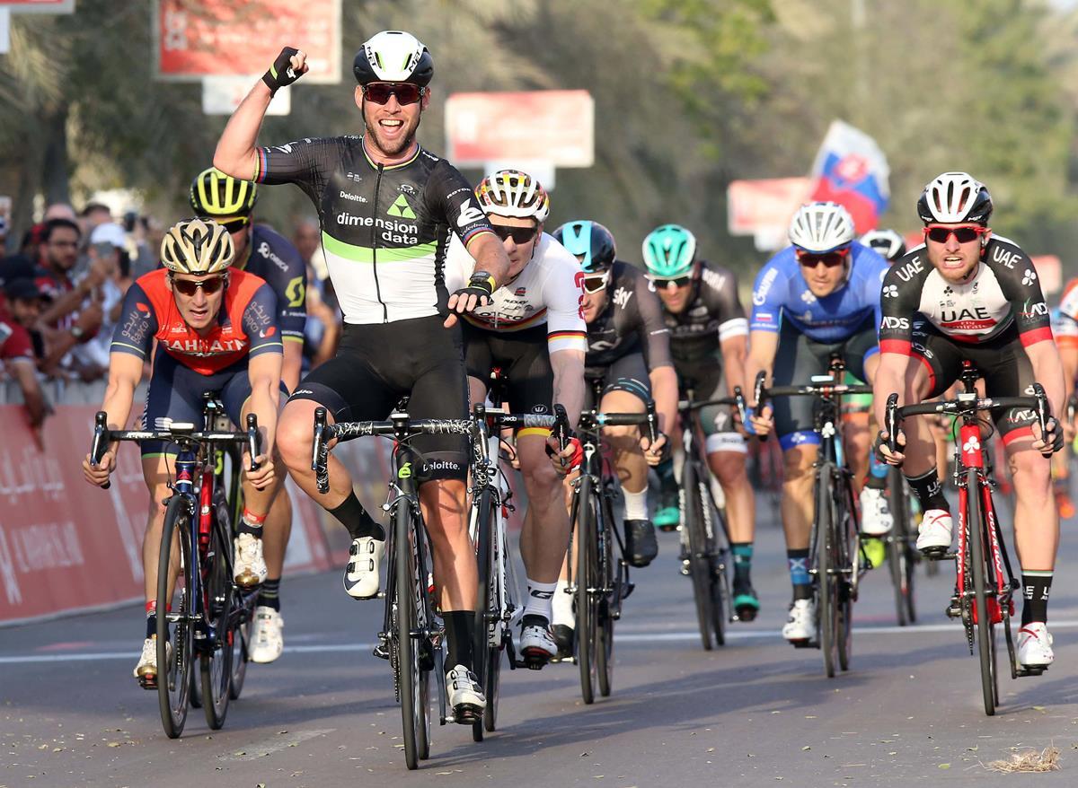 Mark Cavendish vince la prima tappa dell'Abu Dhabi Tour (foto ANSA)