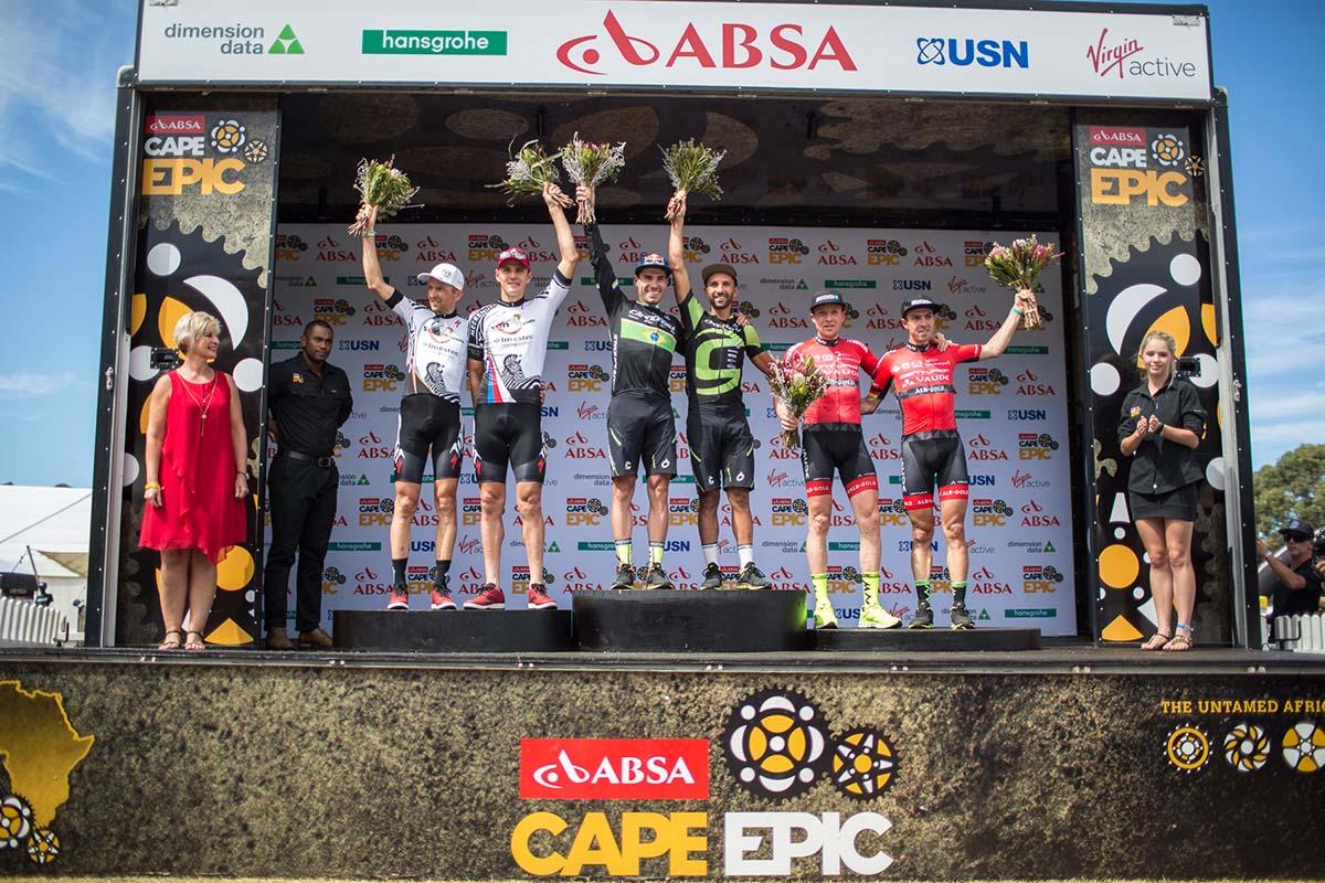 Il podio della prima tappa della Cape Epic 2017