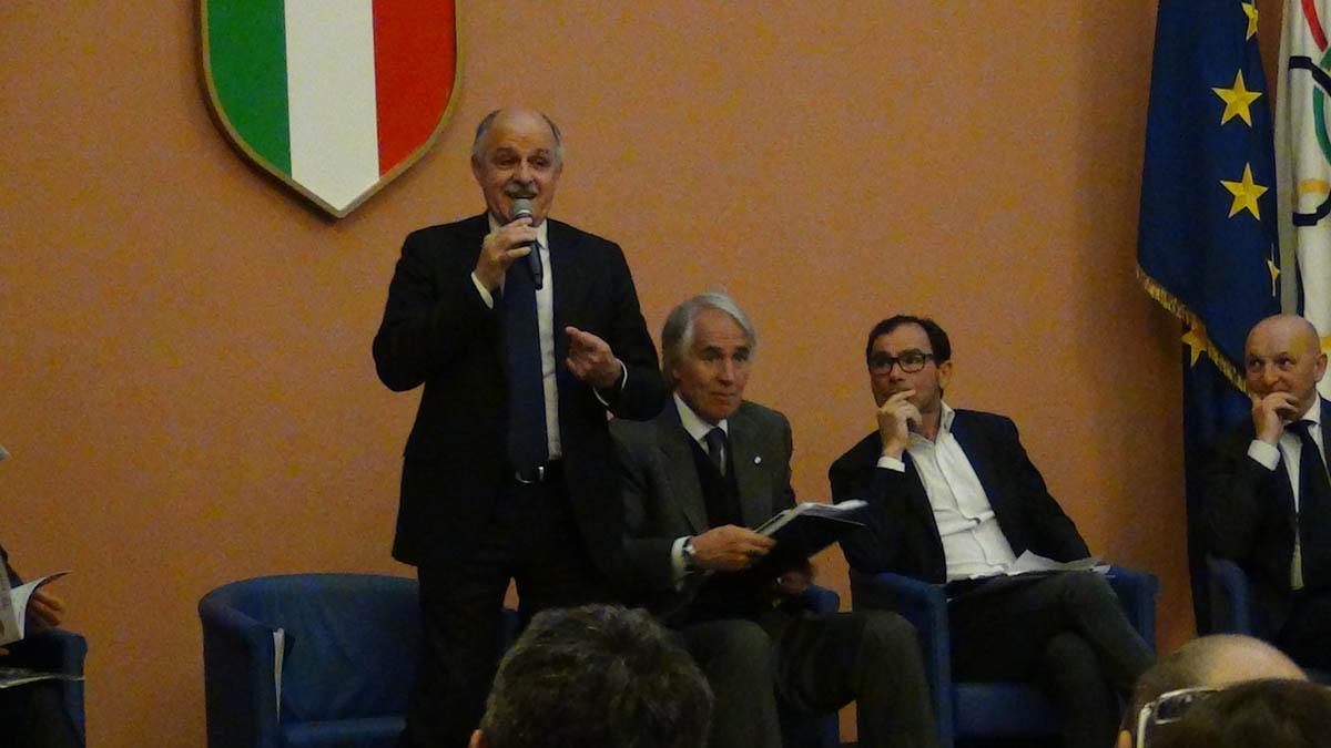 L'intervento del presidente Renato Di Rocco