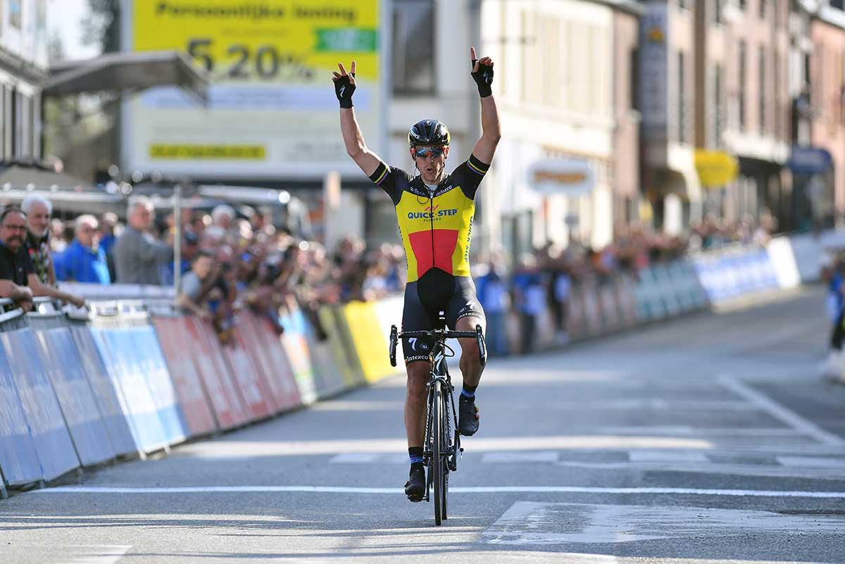 Philippe Gilbert vince la prima tappa della Tre Giorni di La Panne 2017 (foto Tim De Waele)