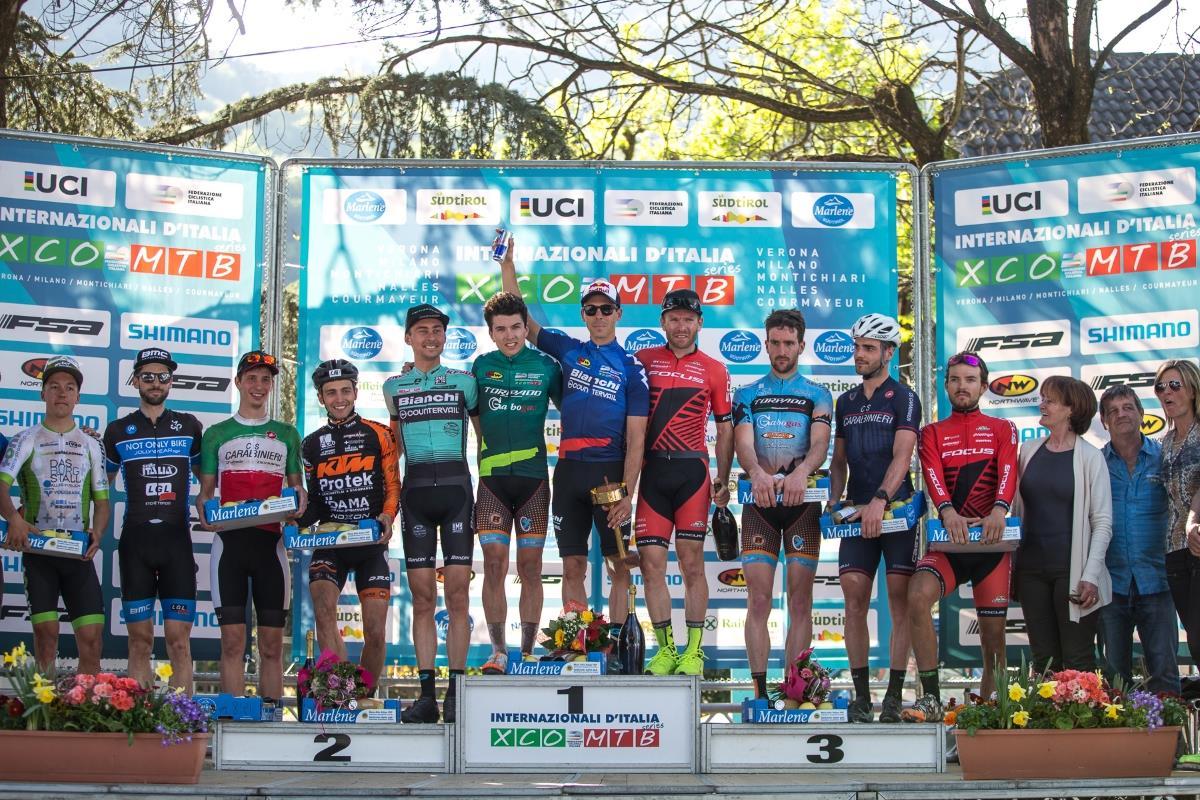 Il podio Elite maschile di Nalles