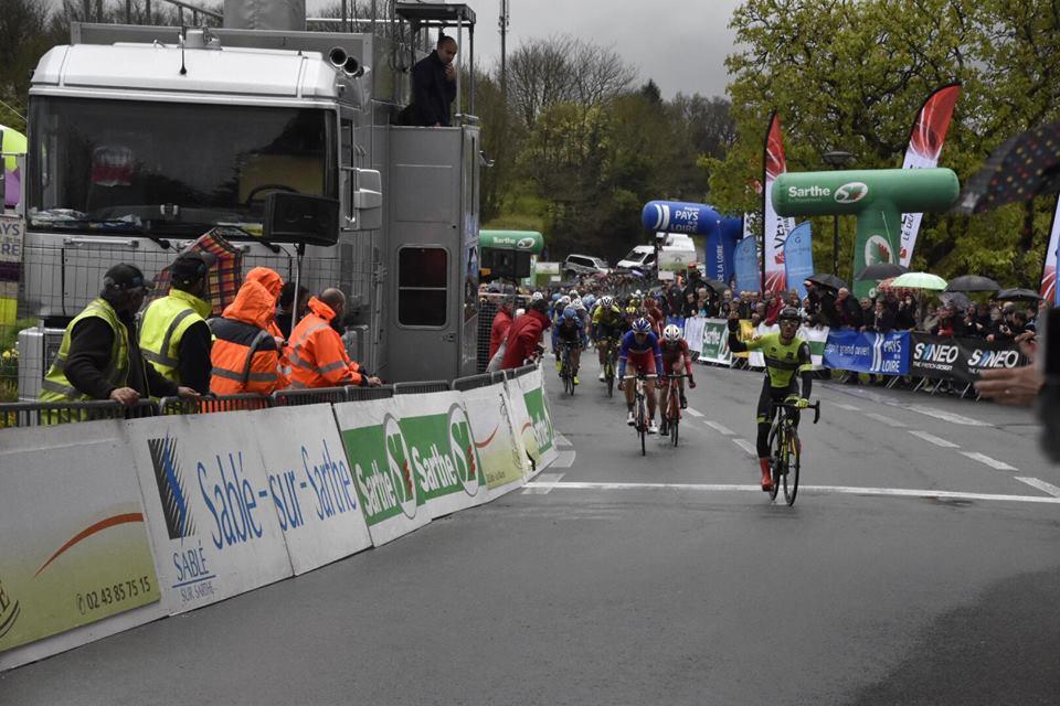 Justin Jules vince la prima tappa del Circuit Cycliste Sarthe - Pays de la Loire 2017